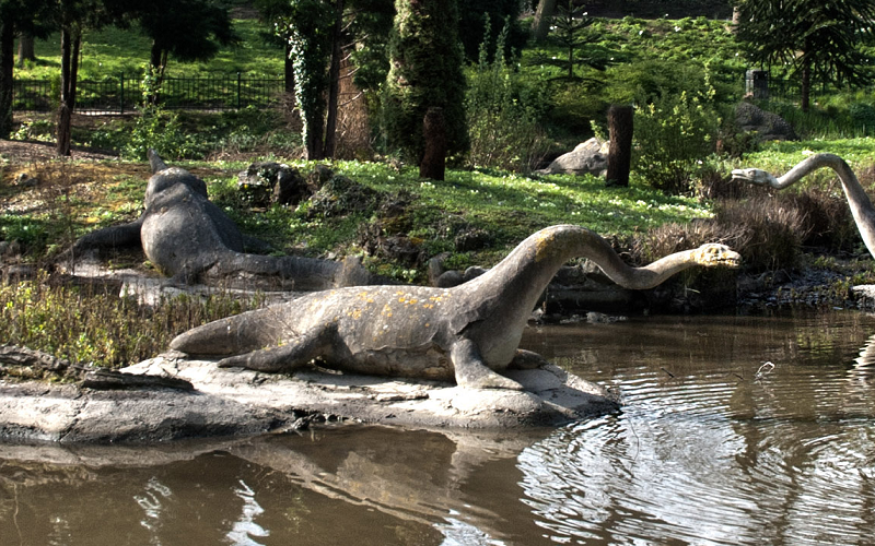 Art Rather Than Science Responsible for These Dinosaur Reconstructions